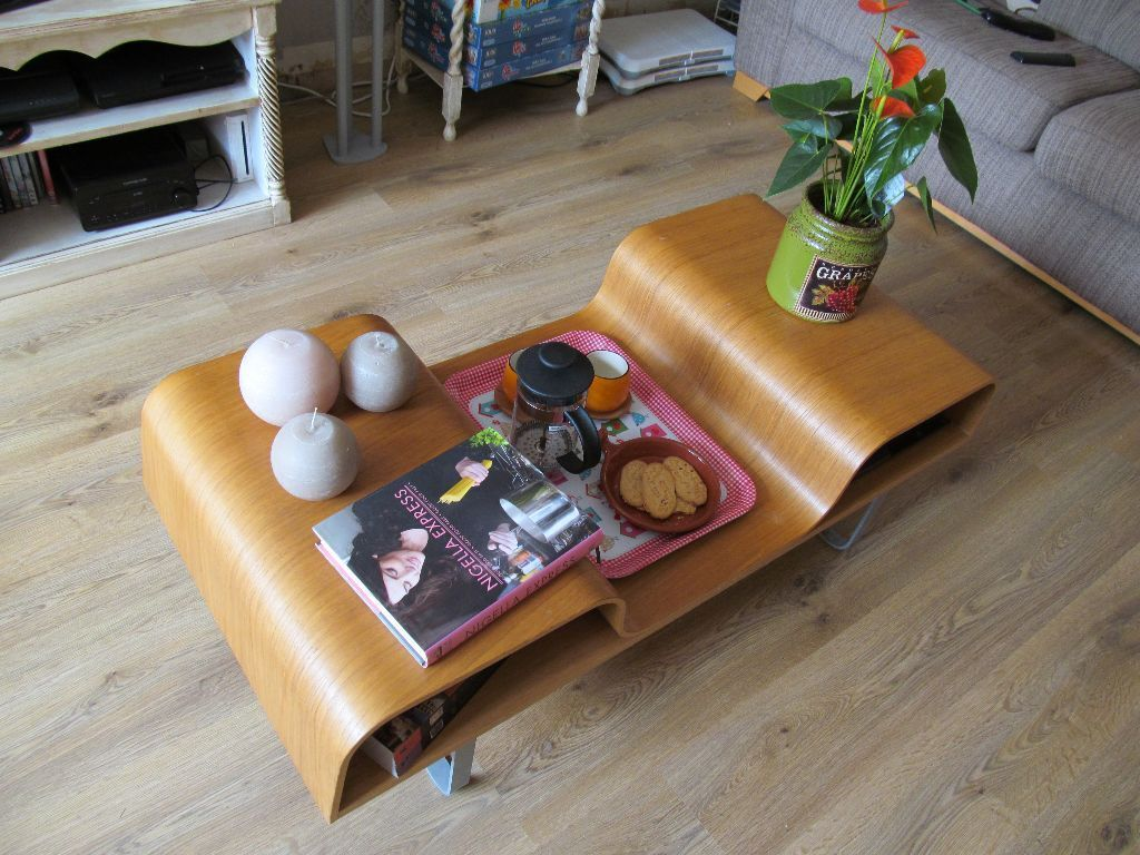 Ikea lagfors bentwood retro style coffee table storage for Ikea snack table