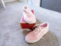 Vans old skool pink trainers size 5