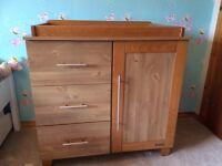 Oak 4 piece nursery furniture set