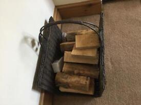 Antique Log Basket in Excellent Condition