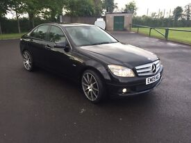 2010 C220 MERCEDES BENZ Excellent Condition