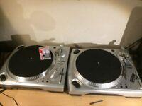 Numark TT1650 turntables (pair)