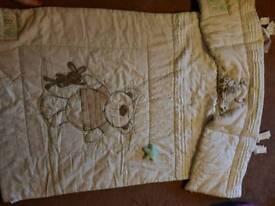 Cot quilt and bumper set