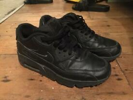 Nike air max leather black trainers