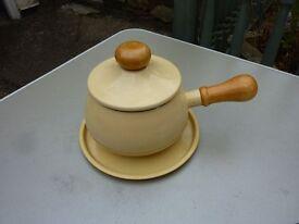 kitchen pot? pan? ceramics ? see photo