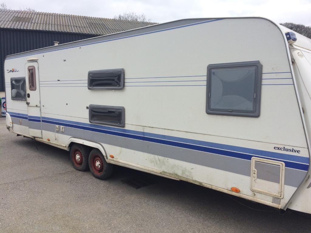 hobby 720 ukfe exclusive caravan in driffield east yorkshire gumtree. Black Bedroom Furniture Sets. Home Design Ideas