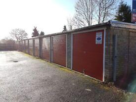 Garage/Parking/Storage to rent: Grovebury Court, Chase Road Oakwood London N14 4JR