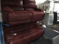 New/Ex Display LazyBoy Guvnor 2 Seater + 3 Seater Recliner Sofas