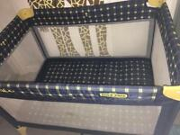 Graco travel cot pack and play equipment