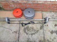 38kg weights with barbell and stretching rope