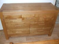 Oak seven drawer chest of drawers (ex Alexanders of Markethill) soft close.