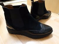 Black shoes Size 38, REAL LEATHER AND SUEDE, less than half price, almost new