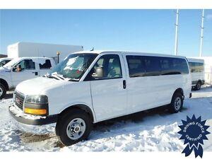 2015 GMC Savana 3500 LT 15 Passenger - 32,950 KMs, 6.0L V8 Gas