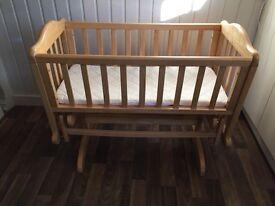 Glider Crib (oak)