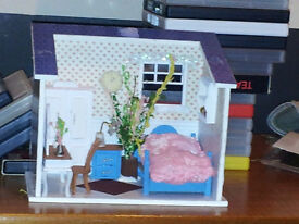 free Dolls house single room