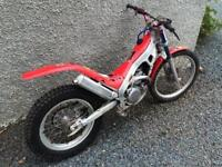 Montesa 315R Cota Dougie Lampkin Edition 2002' trials bike