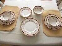 Fine bone china dinner set