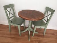 Shabby chic table and chairs for 2