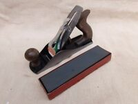 Vintage Stanley no4 plane with oil stone.