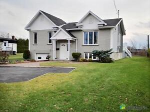 194 000$ - Bungalow à vendre à Métabetchouan Lac-Saint-Jean Saguenay-Lac-Saint-Jean image 4