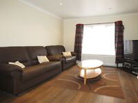 GREAT 3 DOUBLE BEDROOM FLAT IN WIMBLEDON CHASE 5 MINUTE WALK TO STATION WITH PRIVATE GARDEN!!!!