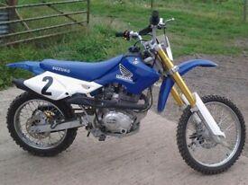 200cc dirt bike , pitbike , crosser big wheel