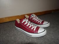 NEW Womens converse, size UK 5