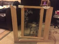Pressure Fit wooden Gate - Safety Gate - White - Excellent Condition