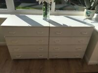 Chest of drawers, 4 drawers, 2 sets in white, fair condition, working order