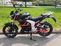 2017 Lexmoto Venom 125cc Motorcycle 387 Miles Alarmed Learner 125 scooter Like CBR CBF YZF Grb Cond