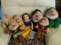 Snow white and 6 dwarfs plush dolls