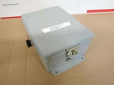 New Heidenhain 403-400-11 Splitter Box