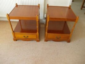 Pair of bedside table/ lamp tables very good condition