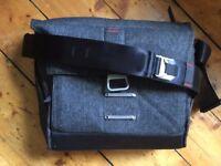 Peak Design Everyday Messenger Bag 13 Charcoal Grey (Camera Bag)