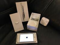 Apple iPhone 5 - 64GB - Factory Unlocked, Boxed and Complete, in White/Silver