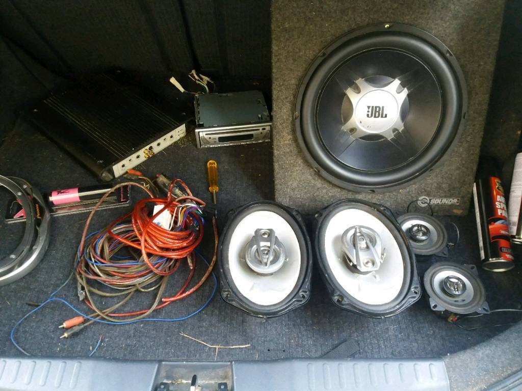 Sub Amp Speakers And Wiring Kit In Bradford West Yorkshire Gumtree For Subs