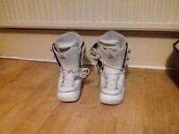 Women's Snowboard Boots - Rome Bastille Size 7