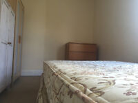 DOUBLE ROOM AVILABLE NOW IN CLEAN SPACIOUS FLAT £525pcm