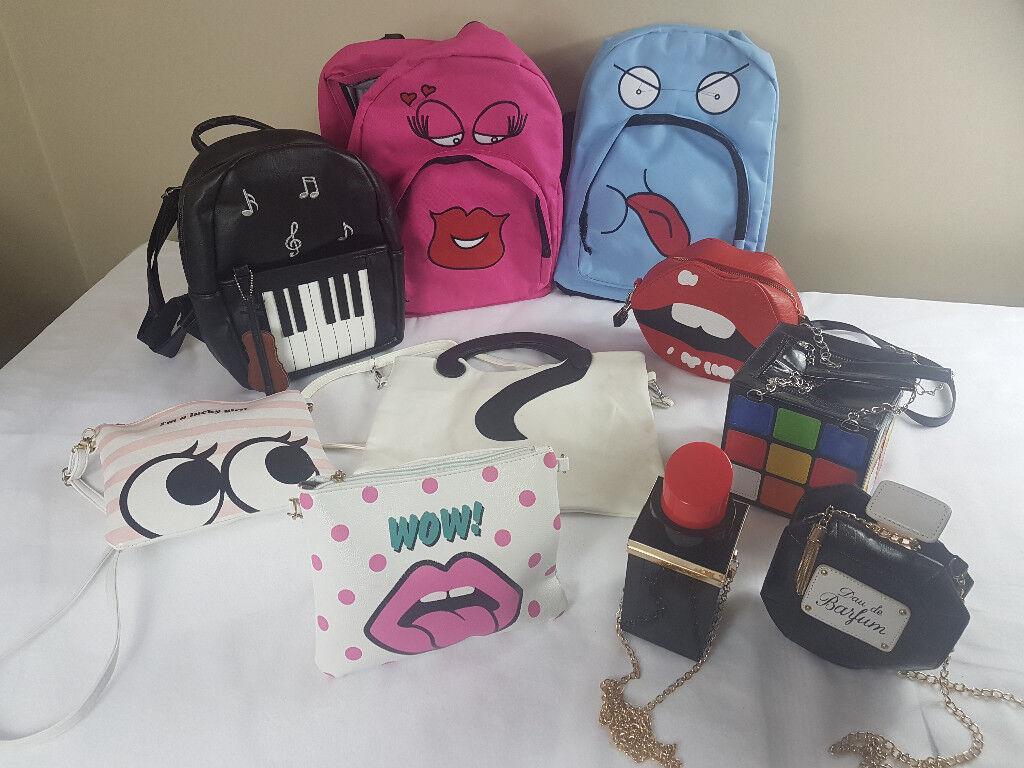 8 x novelty hand bags
