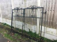 Set of 8ft Wide / tall metal driveway gates / Side Entrance security gates £130 can deliver