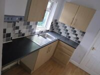 POPULAR LOCATION! 3 Bed Upper Flat, Gateshead, Balfour Street, NE8 1YL - Very Bright & Spacious!