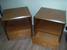 Bed Side Cabinet Tables Mathching Set Very Heavy & Solid Strong With Draw Good Condition Deliver McR