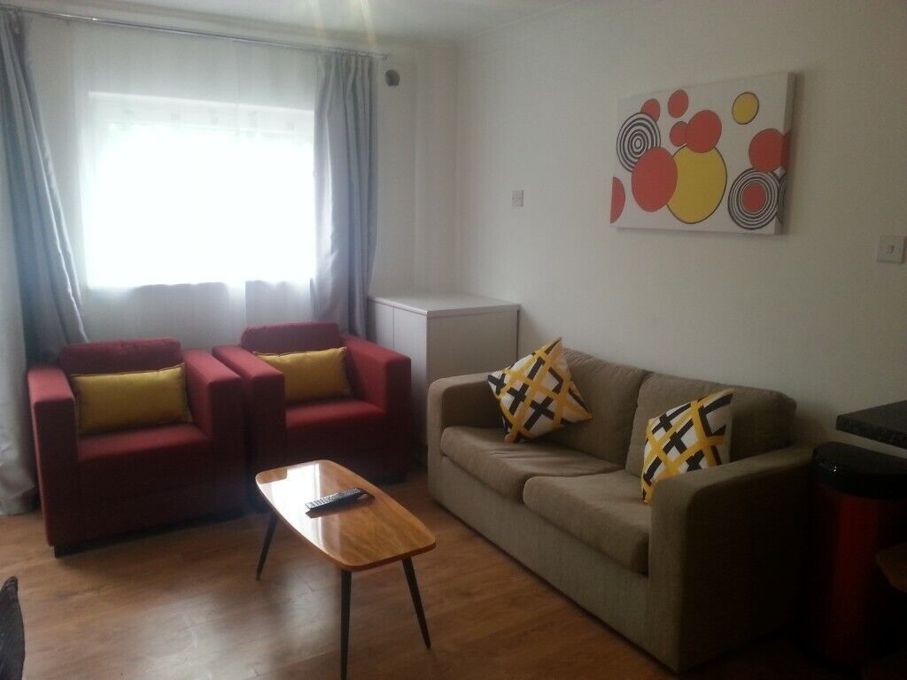 Short Term Let 1 Bed Studio In Totterdown Near Temple Meads Buses To Bristol Bath And Wells In Temple Meads Bristol Gumtree