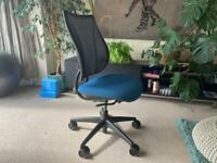Humanscale Mesh Back Ergonomic Chair Office Adjustable