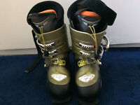 Women's Salomon Ellipse 9.0 Ski Boots Size 6 / 6.5