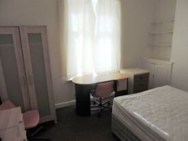 Colum Road , Cathay`s Student Room **£360.00 per month including all bills and Wi Fi