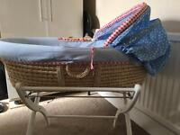 Moses basket (good as new)