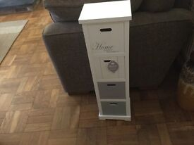 New with tags white small set of 4 drawers