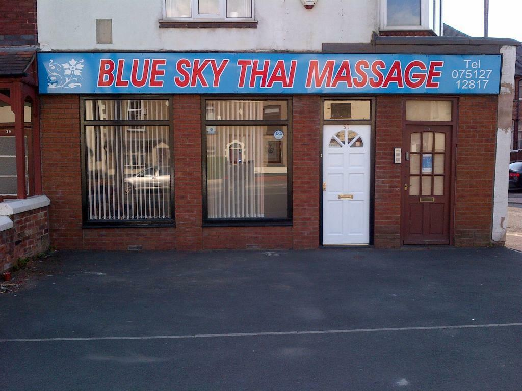 vuxenlekar blue sky thai massage