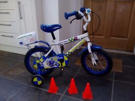 """Apollo 14"""" police patrol kids bike with stabilisers, bell and traffic cones"""